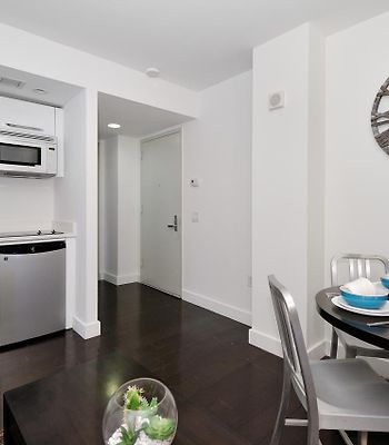 Times Square Luxury Two Bedrooms Apartment With Private Balcony photos Exterior