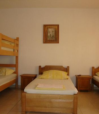 Sun Hostel Budva photos Room