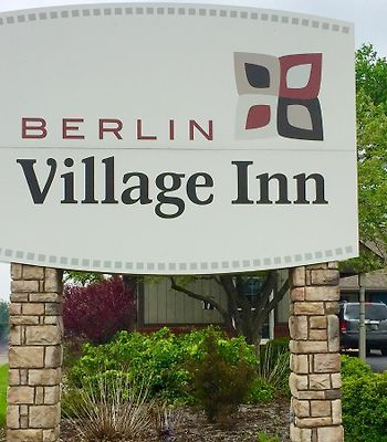 Berlin Village Inn photos Exterior Berlin Village Inn