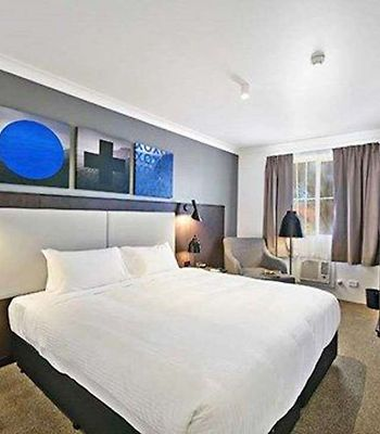 Quality Hotel Cks Sydney Airport photos Room Guest room with king bed