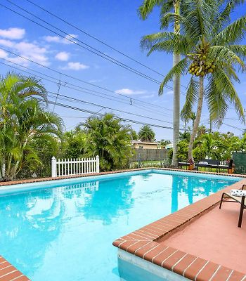 Fabulous 4Br Gem W Pool, Great Amenities And 8Mins To Beach! photos Exterior
