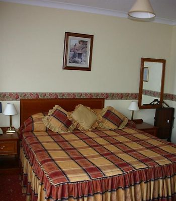 Rainbows Lodge Hotel And Serviced Apartments photos Room
