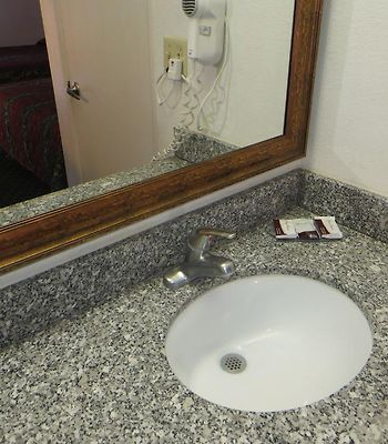 Riverside Inn And Suites photos Room