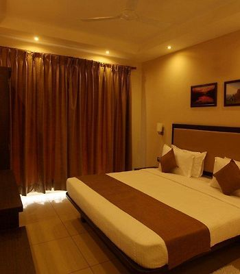 Nagarjuna Suites photos Room
