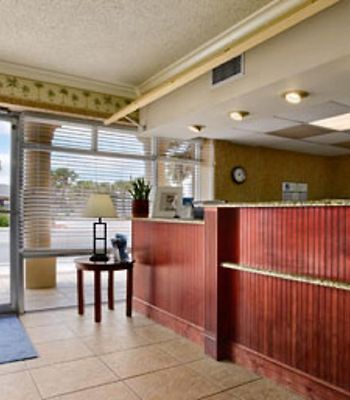 Howard Johnson Ormond Beach photos Interior Hotel information