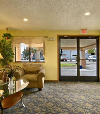 Super 8 Willows photos Interior Hotel information