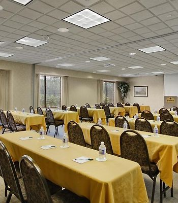 Wingate By Wyndham Vineland photos Business Hotel information