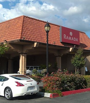 Ramada Fresno North photos Exterior Hotel information