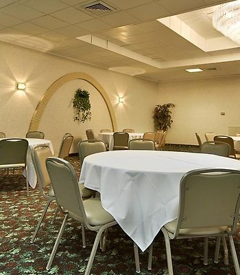 Days Inn - Anderson In photos Restaurant Photo album