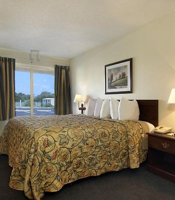 Days Inn Bossier City photos Room Photo album