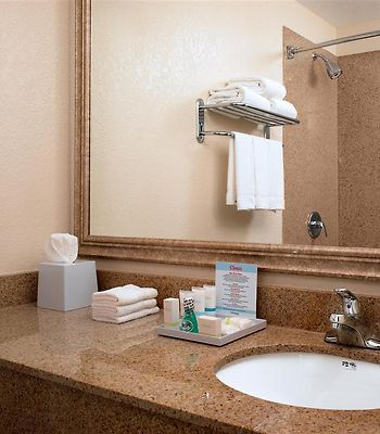 Four Points By Sheraton Tucson Airport photos Room Standard Guest Bathroom