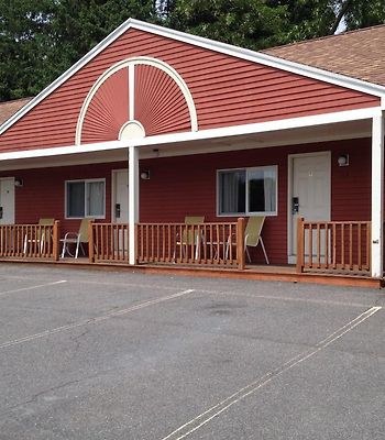 Blue Spruce Motel & Townhouses photos Exterior Hotel information
