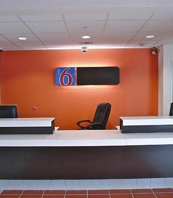 Motel 6 Cleburne photos Interior Lobby view
