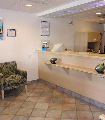 Motel 6 New London - Niantic photos Interior Lobby view