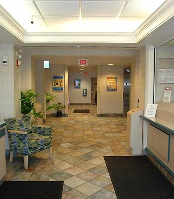 Motel 6 Toronto West Burlington Hamilton photos Interior Lobby view