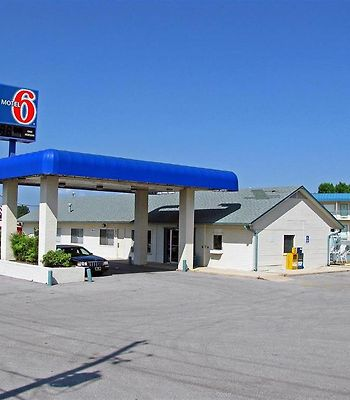 Motel 6 Fayetteville Ar photos Exterior Exterior view