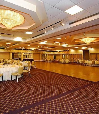 Quality Inn & Conference Center photos Restaurant Hotel information