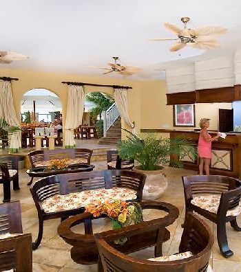 Oyster Bay Beach Resort photos Interior Hotel information