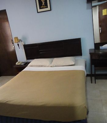 Batu Burok Beach Resort photos Exterior Hotel information