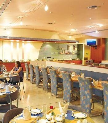Sun-N-Sand Pune photos Restaurant Hotel information