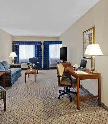 Best Western Plus North Haven Hotel photos Room