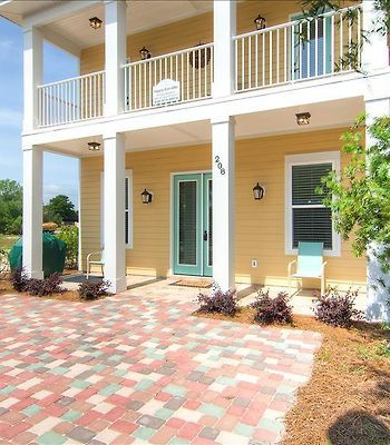 Villages Of Crystal Beach -  4 Bedroom Home, Community Pool photos Exterior Happily Ever After by RealJoy