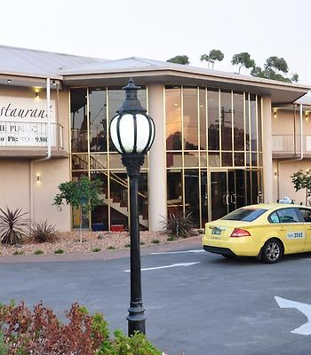 Quality Hotel Melbourne Airport photos Exterior Hotel information