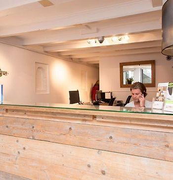 Short Stay Group Leidseplein Museum Apartments photos Exterior Amsterdam City Center reception/check in desk.
