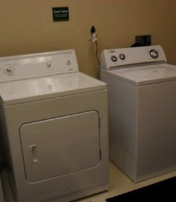 Hilton Garden Inn Charlotte Pineville photos Facilities Laundry
