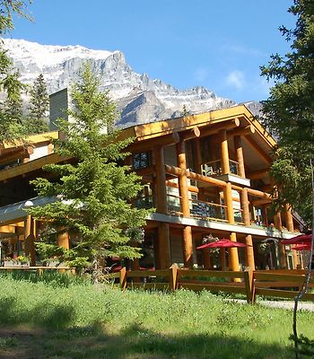 Moraine Lake Lodge photos Exterior