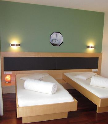 Businesshotel Valerian photos Room Double or Twin Room