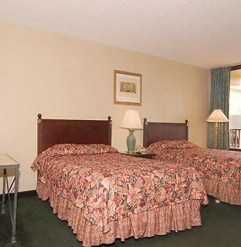 Econo Lodge At Busch Gardens photos Room