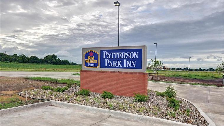 Best Western Plus Patterson Park Inn Exterior