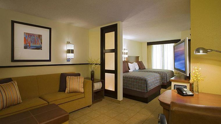 Hyatt Place Princeton Room