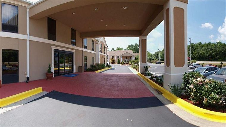 Quality Inn & Suites Griffin Exterior