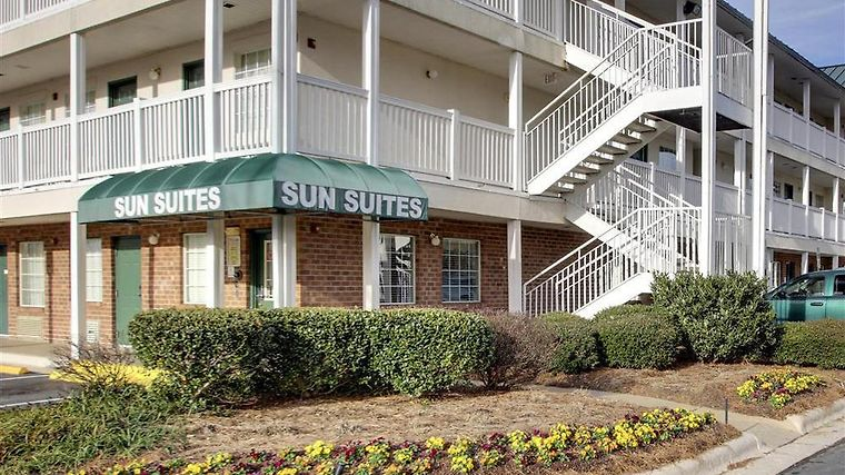 Sun Suites Of Charlotte photos Exterior Exterior view