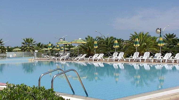 RESIDENCE CLUB HOTEL LE TERRAZZE GROTTAMARE 3* (Italy) - from US ...
