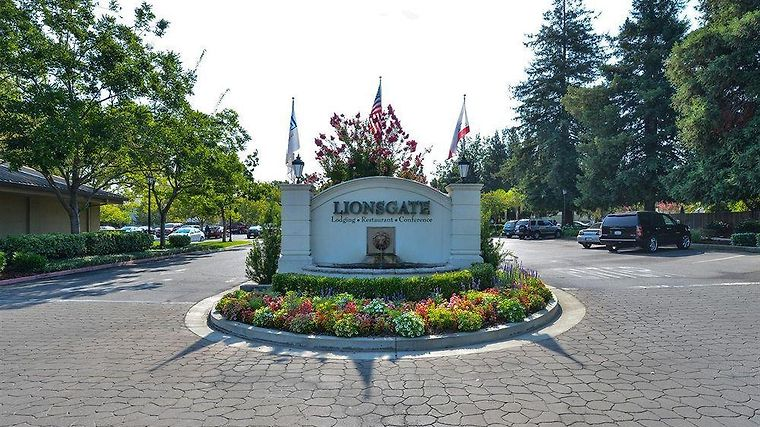 Lions Gate Hotel Mcclellan Ca 3 United States From Us 163 Booked