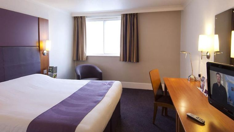 Premier Inn Glasgow City Centre George Square Exterior Hotel information