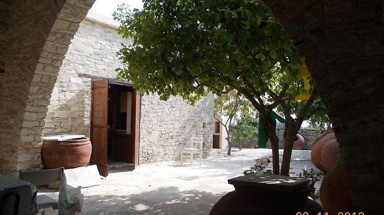 Palati House Exterior Hotel information