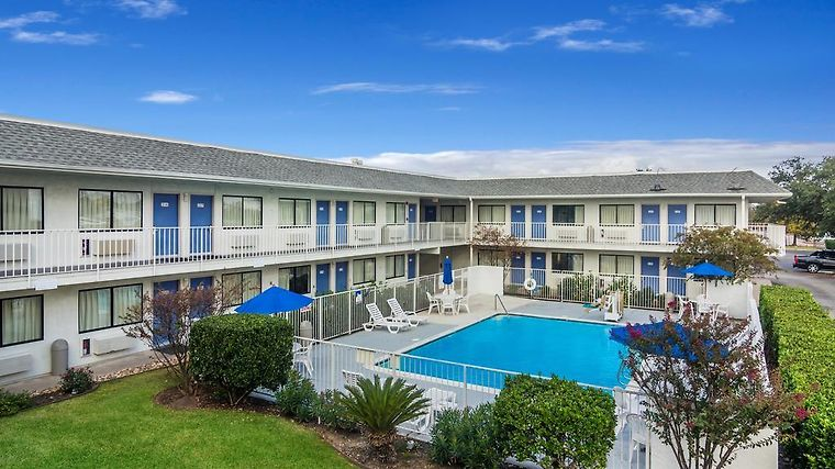 °HOTEL MOTEL 6 COLLEGE STATION   BRYAN COLLEGE STATION, TX 2* (United  States)   From US$ 79 | BOOKED