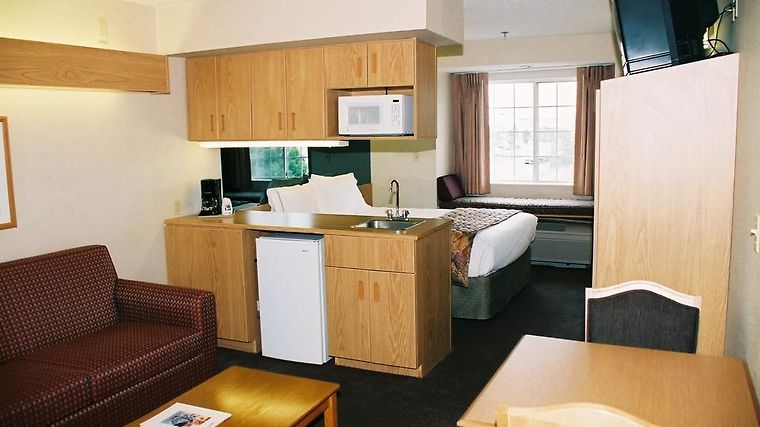 Microtel Inn And Suites El Paso Airport Room