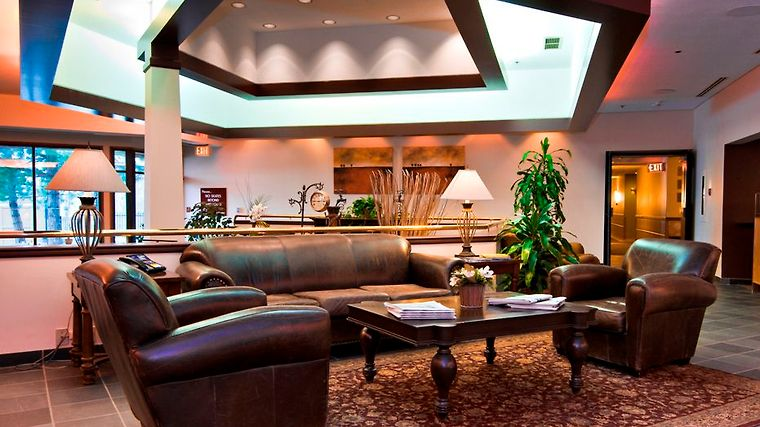 °HOTEL HORSESHOE RESORT BARRIE 3* (Canada)   From C$ 200 | IBOOKED