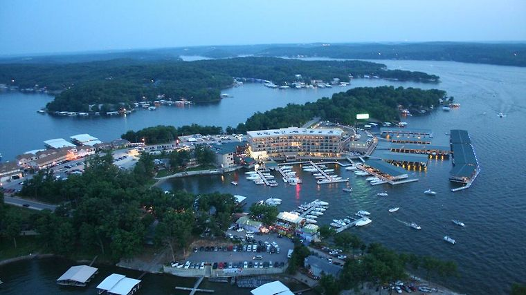 Hotel Camden On The Lake Resort Ozark Mo 4 United States From Us 165 Booked