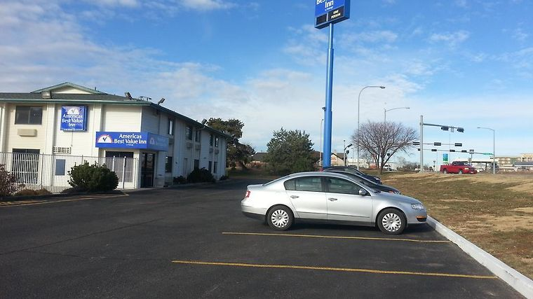 Hotel Americas Best Value Inn Lincoln Airport Ne 2 United States From Us 68 Booked
