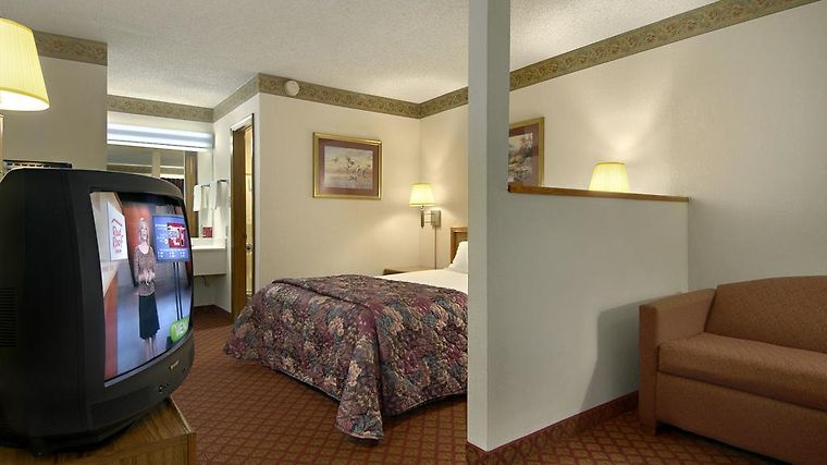 Econo Lodge Fayetteville Room Photo album