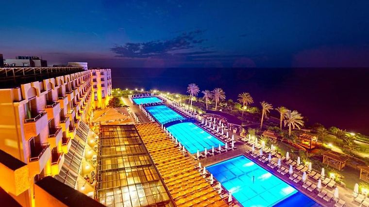 Mercure Cyprus Casino Hotels & Wellness Resort Exterior