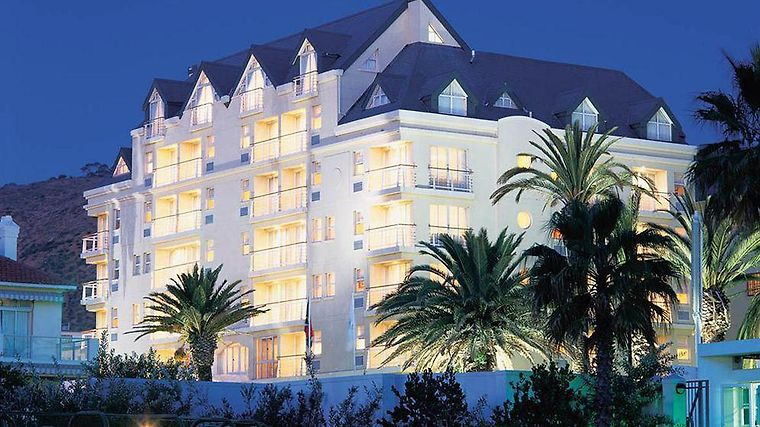 Bantry Bay Luxury Suites Exterior
