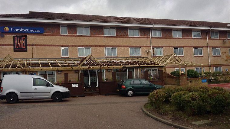 Ramada London Finchley Exterior