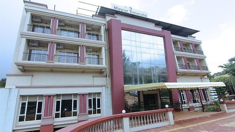 Leisure Vacations Mayur Emerald Exterior